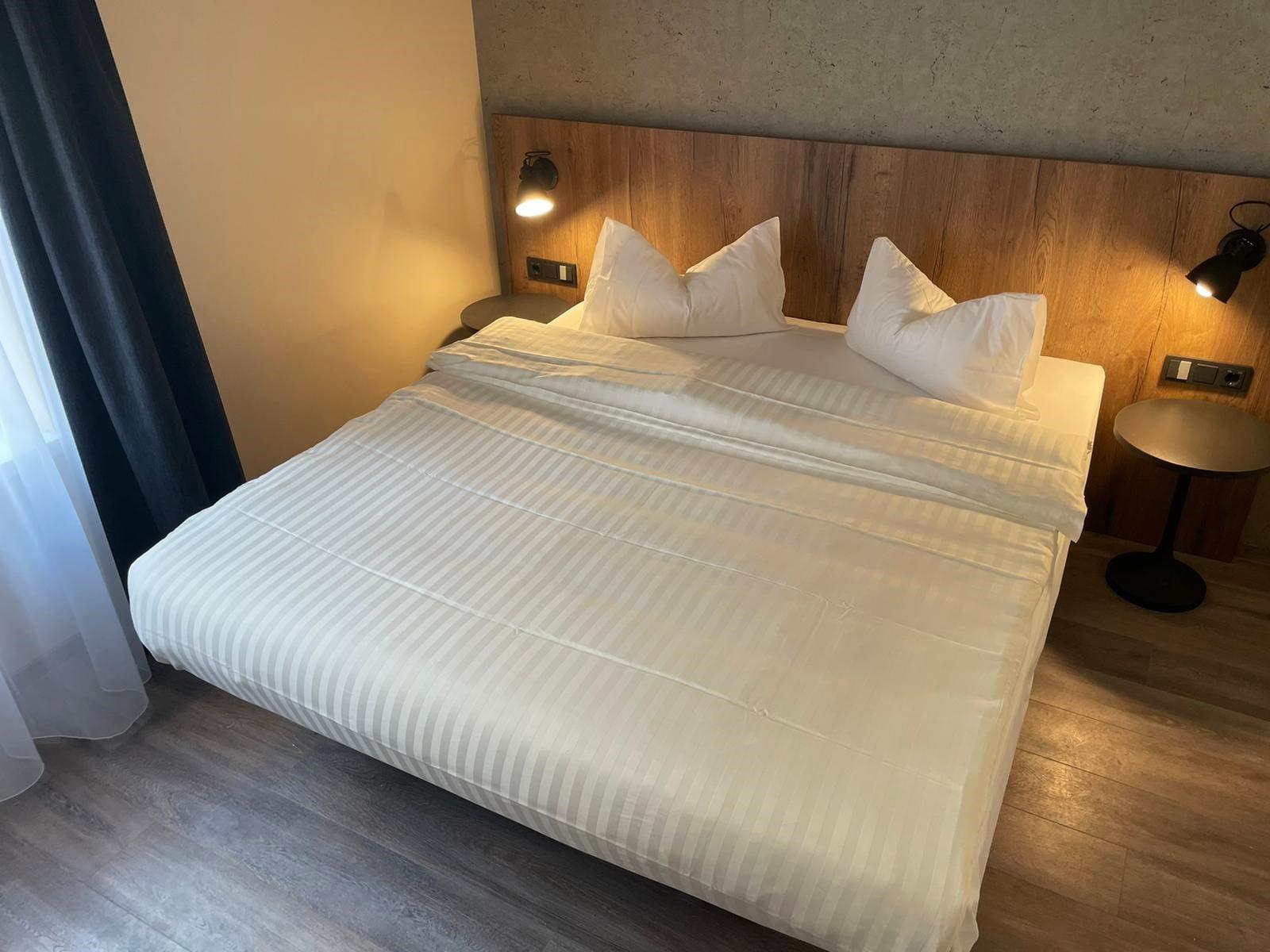 Linzergasse bedroom